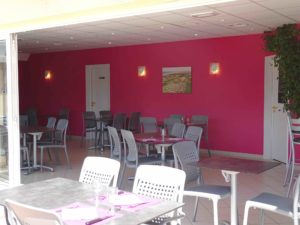 Equipement services - Espace TV restaurant snack - camping l'Espérance 4 étoiles avec espace aquatique - Cotentin - Manche- Normandie