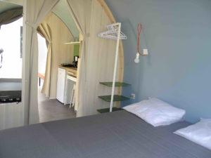 Location tente coco sweet chambre double - camping esperance avec espace aquatique - cotentin - normandie