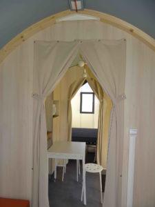 Location tente coco sweet intérieur - camping esperance avec espace aquatique - cotentin - normandie