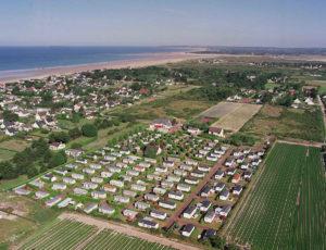 camping-esperance-denneville-vue-aerienne-cotentin-normandie-piscine-mobil-home