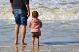 enfant-plage - child-355176_1920 @pixabay anja