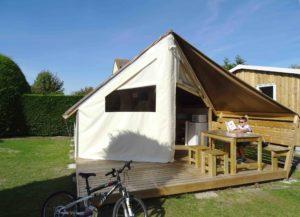 location tente aménagée Sahara lodge - camping l'Espérance 4 étoiles avec espace aquatique - Cotentin - Barneville Carteret - Portbail -Normandie - France